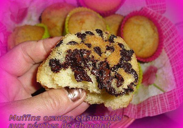 Muffins oranges et amandes aux pépites de chocolat - Photo par tulipe_isa