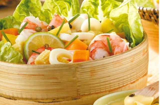 Salade exotique aux crevettes - Photo par Amora