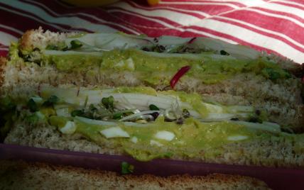 Sandwich à l'avocat et au surimi - Photo par Linou