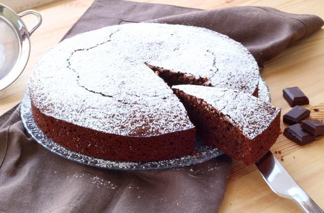 Gâteau au chocolat noir et pointe de miel - Photo par Silvia Santucci