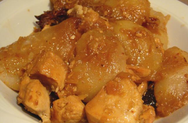 Dés de poulet aux poires caramélisées et épices douces - Photo par Epices & Moi