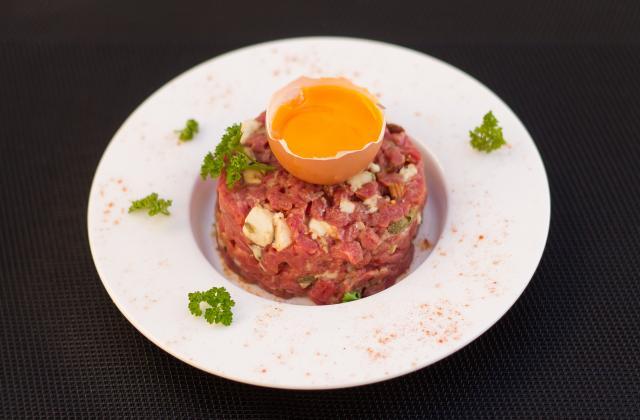 Tartare de bœuf au roquefort et aux noisettes - Photo par christophe thermostat7.fr