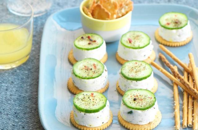 Crackers façon cheese-cake au concombre - Photo par Apéro-Style(s) 'fait maison'