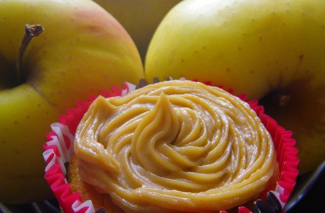 Cupcakes à la pomme, topping au speculoos - Photo par moum00