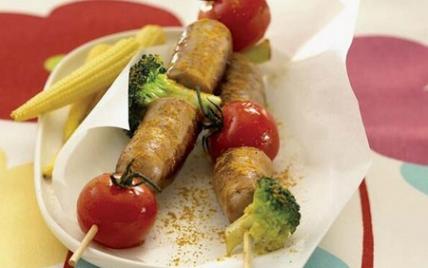 Brochettes de chipolata aux légumes - Photo par Le Porc