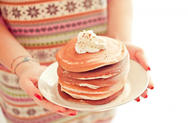 Pancakes extraordinaires: 10 recettes qui vous changent la vie - Photo par Pascale Weeks