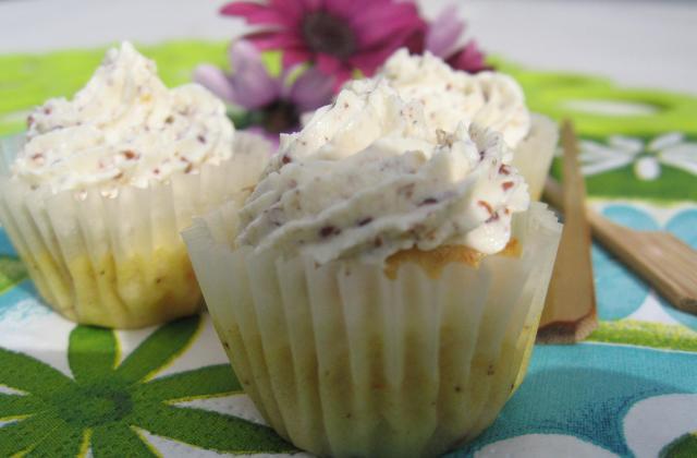 Mini cupcakes au surimi et à la moutarde à l'ancienne - Photo par La bonne soupe