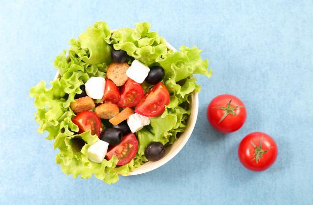 Ces 10 salades sont bien meilleures avec des croûtons - Photo par 750g
