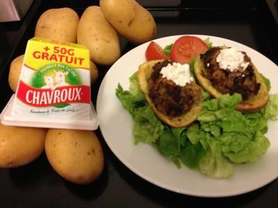 Pommes de terre farcies au foie de volaille et Chavroux - Photo par lfromen