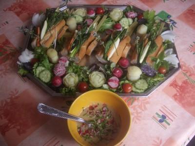 Charette de légumes Nouveaux et Vinaigrette de légumes - Photo par davidmy6