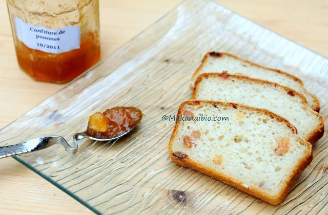 Pain de mie aux raisins et à la cannelle, sans gluten - Photo par Flo Makanai