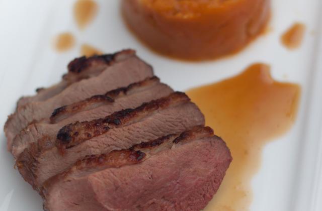 Magret de canard laqué aux épices écrasé de courge... - Photo par Marie-Laure du blog : Ça sent beau dans la cuisine