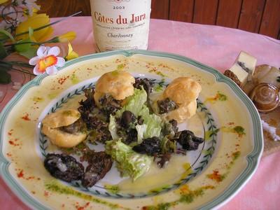 Salade d'escargots en croquemitaine, sauce morbier et vin jaune - Photo par philipkY