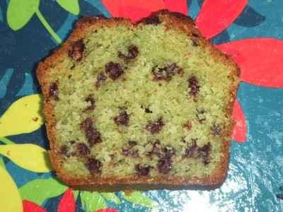 Cake à la pistache et aux perles choco craquantes - Photo par valyou