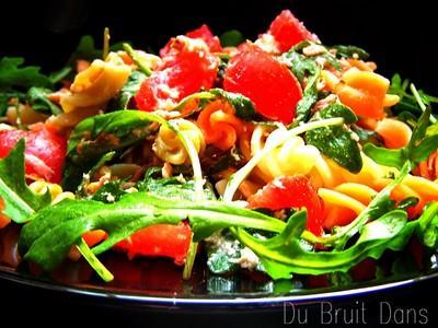 Salade de pâtes, thon, roquette, tomate & Feta - Photo par audese