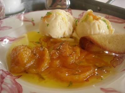 Clementines de Corse caramélisées et glace vanille - Photo par astred