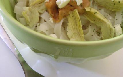 Bô Bun végétarien artichaut, feta et sauce au peanut butter - Photo par miss o