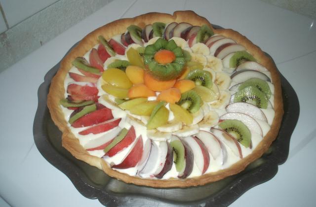 Tarte aux fruits frais - Photo par jclaeti