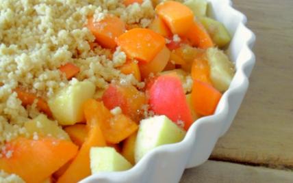 Crumble pommes & abricots - Photo par mathildee
