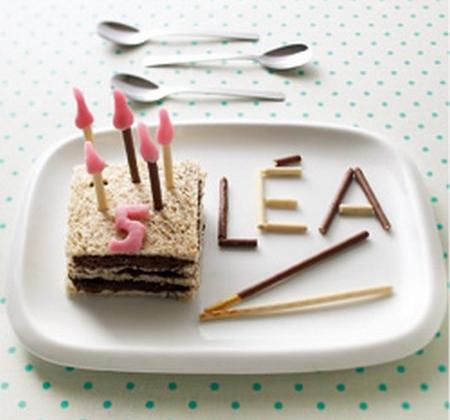 Le gâteau d'anniversaire personnalisé - Photo par Luminarc