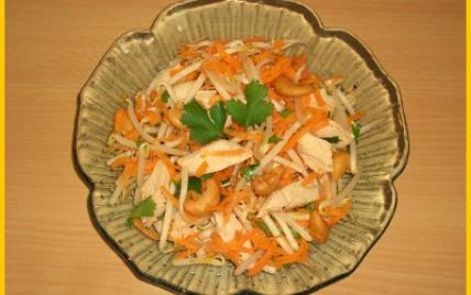 Salade de soja, poulet et noix de cajou - Photo par biscottine
