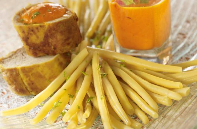 Filet mignon au curcuma et haricots beurre coulis de poivron - Photo par Cassegrain