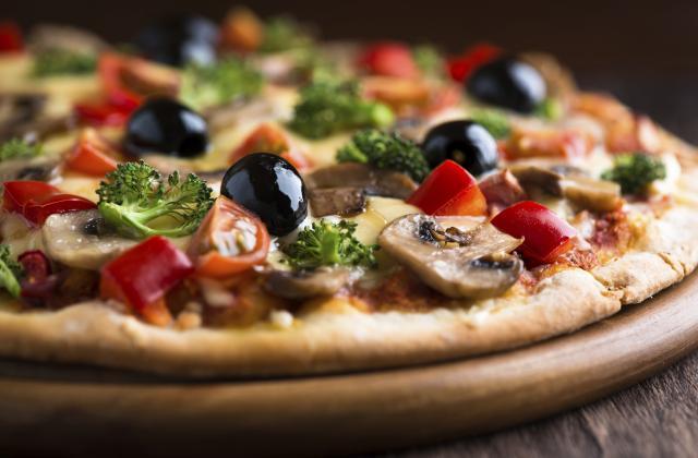 LE SECRET d'une bonne PIZZA et 20 trucs à ajouter qui font la différence ! - Photo par Marie-Rose Dominguès