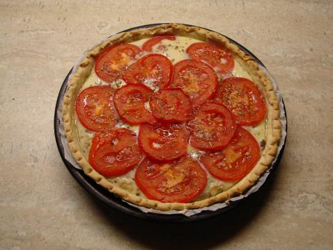 Tarte toute simple au thon et tomates - Photo par corinniN