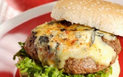 Espelette fourme Burger - Photo par La Fourme d'Ambert