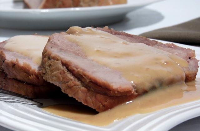 Rôti de porc à la bière, miel et moutarde - Photo par didine1512