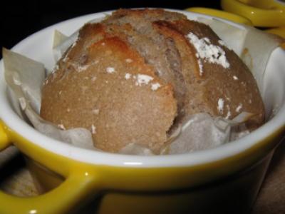 «Ptits» pains à la châtaigne et au levain en mini cocotte - Photo par rullie