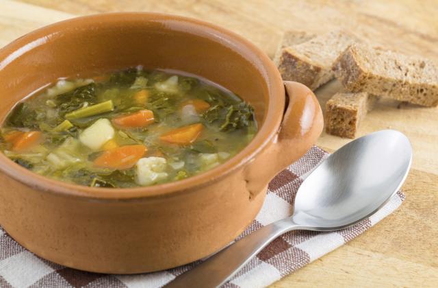 Soupe de chou façon campagnarde - Photo par vekasm