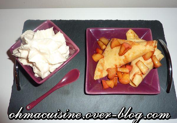 Samossas de crêpe aux pommes caramélisées, chantilly caramel beurre salé - Photo par ohmacuisine