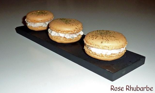 """Macarons au saumon, crème de raifort à l""""aneth - Photo par Membre_248867"""
