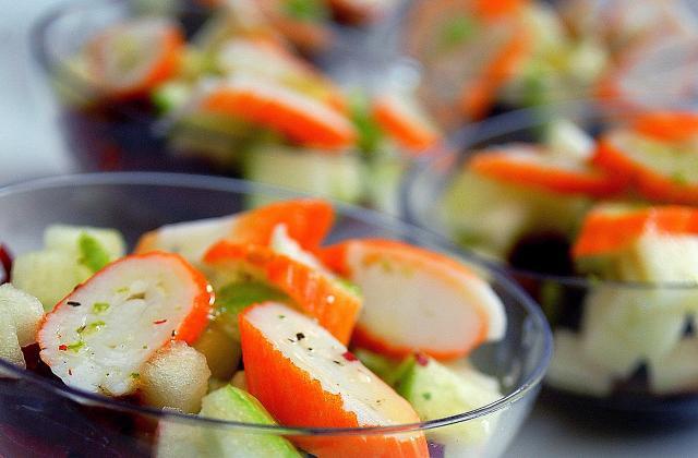 Salade fraîcheur betterave, pomme granny et mini bâtonnets Petits Coraya - Photo par Coraya