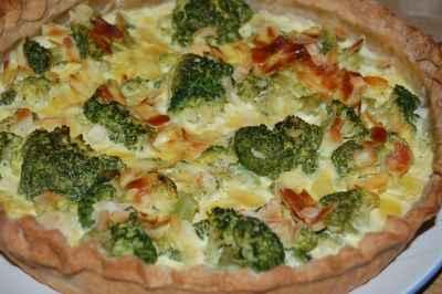 Tarte aux brocolis et amandes au curry - Photo par newelm