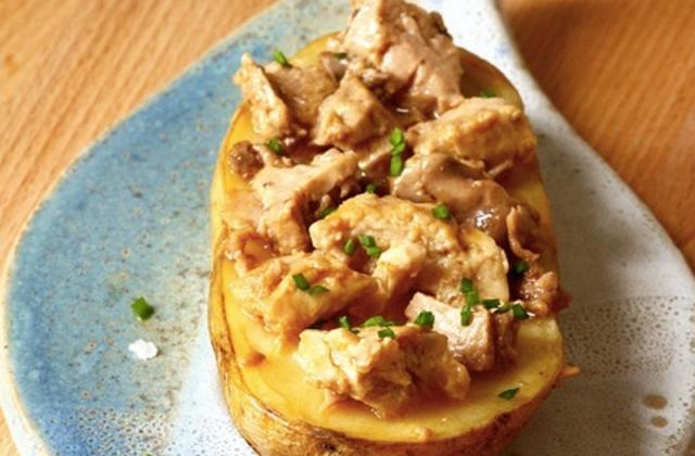 Patate rôtie au foie de morue fumé, sauce orange et balsamique - Photo par Phare d'Eckmühl