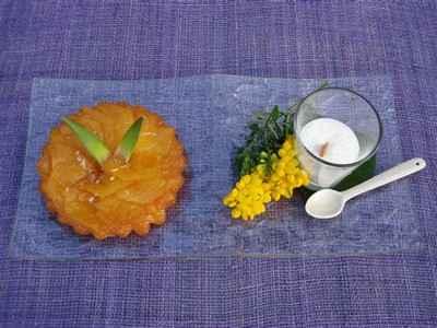 Tarte tatin ananas, émulsion coco - Photo par Sandrine Baumann