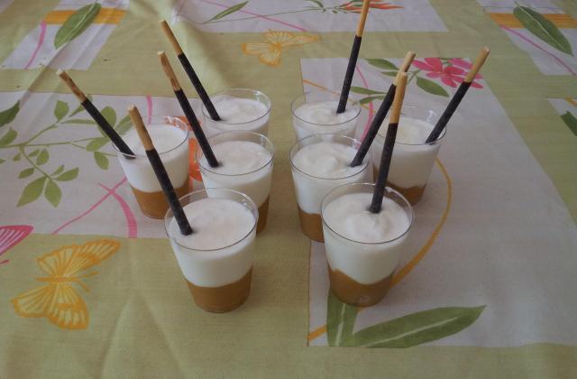 Verrines compote de mirabelles et fromage blanc - Photo par elisaoo