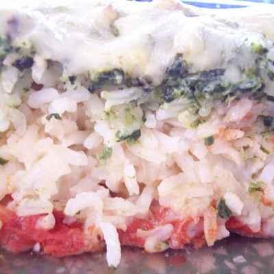 Gratin de riz aux épinards et à la tomate - Photo par verka1