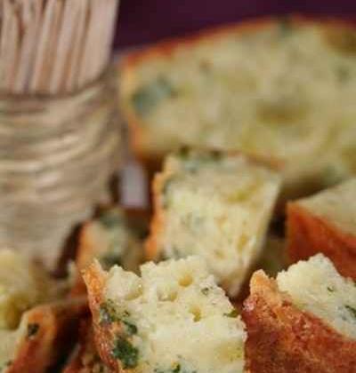 Cake au persil et aux ravioles de Romans - Photo par sophieleb