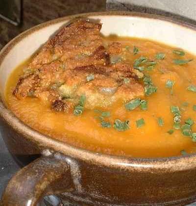 Soupe toute carotte et croûtons d'endives - Photo par tottot