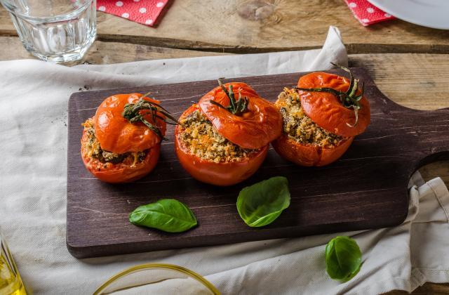 Tomates farcies au quinoa et aux herbes - Photo par 750g