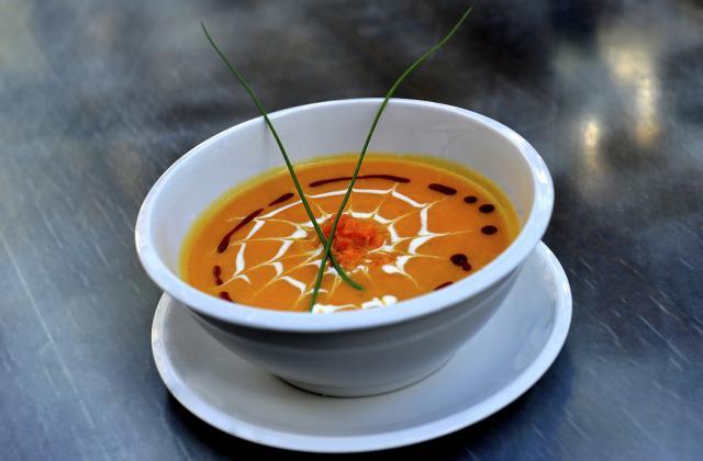 10 soupes chaudes pour se réchauffer l'hiver - Photo par Bérengère