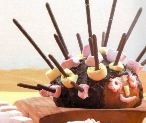 Le gâteau hérisson pour anniversaire - Photo par marielKCM