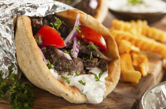 Sandwich grec ou Gyro - Photo par 750g