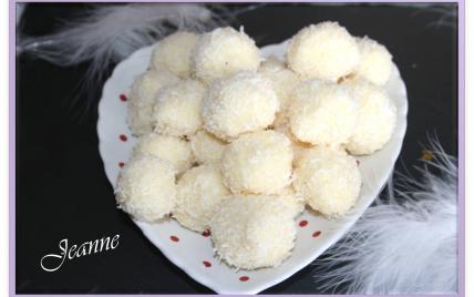 Truffes au chocolat blanc et noix de coco - Photo par Jeanne la malice