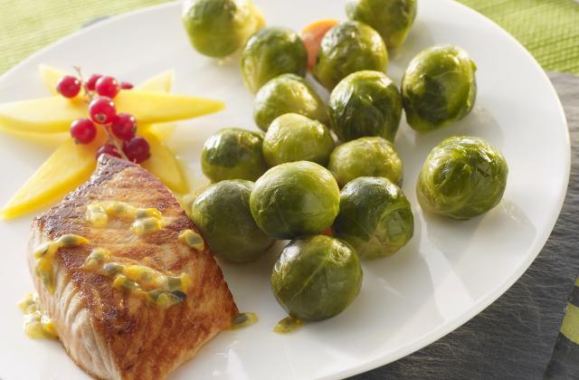 Filet de saumon et choux de Bruxelles - Photo par Cassegrain