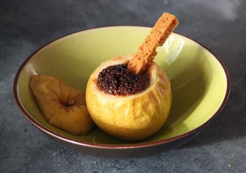 Pomme au four aux épices et chocolat - Photo par Orts