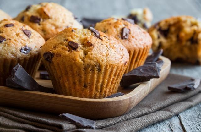 Muffins aux pépites de chocolat faciles - Photo par 750g